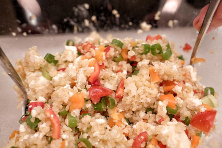 Kefir Bulgur Salat - Orient trifft auf Kefir und Minze - Die Mischung