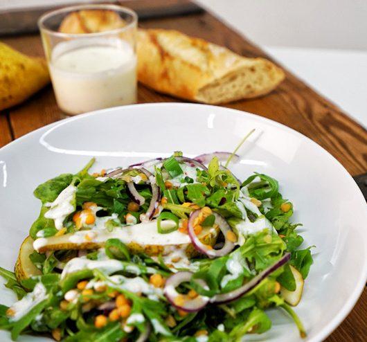 Rucola Salat mit Kefir und Linsen - ein toller Salat zum Grillen