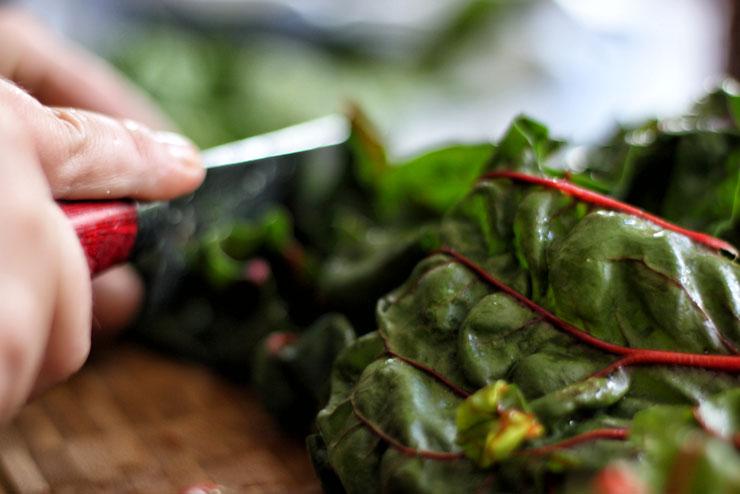 Aloe Vera Kombucha mit Mangold und Spinat - ein toller Smoothie für heiße Tage - Mangold und Spinat