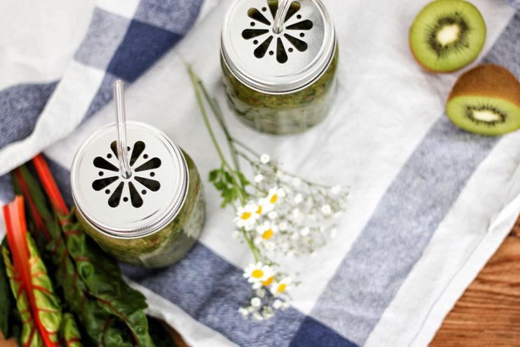 Aloe Vera Kombucha mit Mangold und Spinat - ein toller Smoothie für heiße Tage
