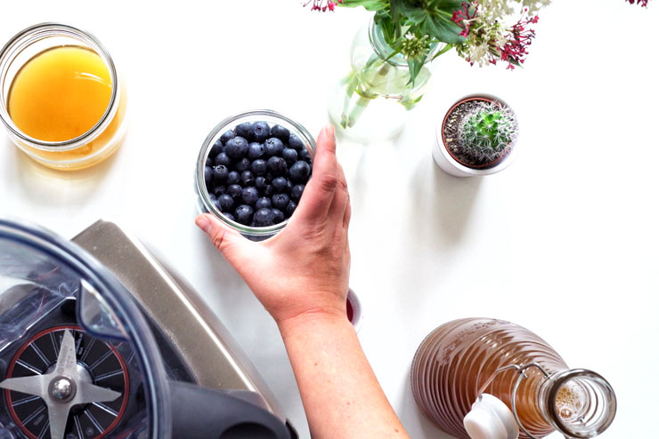 Blueberry kombucha with acai berry - exotic, tasty and full of power - the blueberry