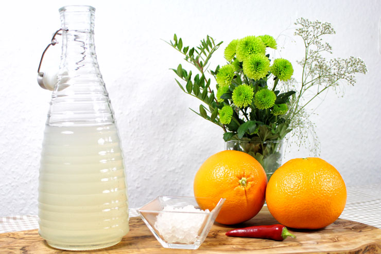 Hot Orange Kefir Drink with Chili and Oranges - a tasty and spicy recipe for hot food lovers - Ingredients