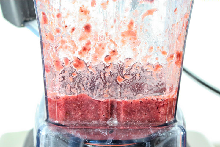Kefir Cherry Banana Juice - a tasty popular drink with fresh Bananas and Cherries combined with sparkling Water Kefir - mixed cherries