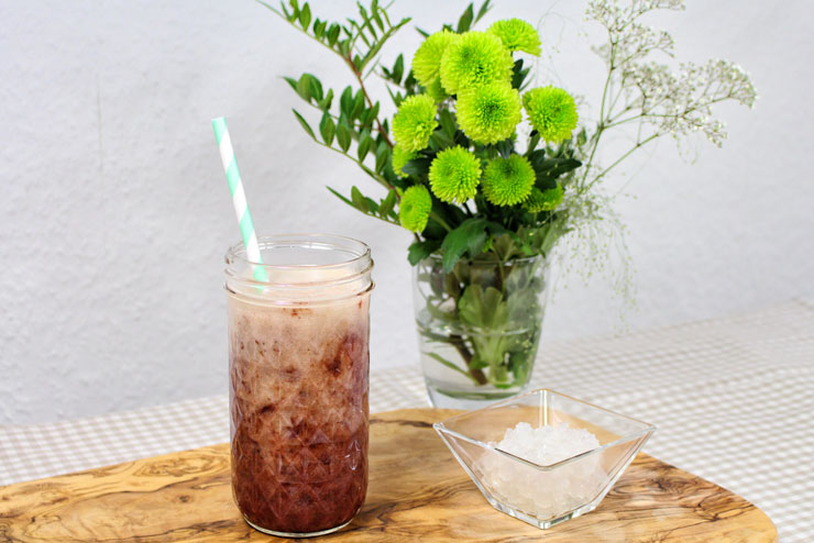 Kefir Cherry Banana Juice - a tasty popular drink with fresh Bananas and Cherries combined with sparkling Water Kefir - the drink
